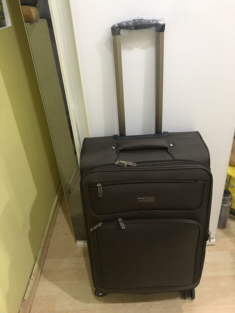Austin Reed 24 Inches Luggage Luxury Bags Wallets Others On Carousell