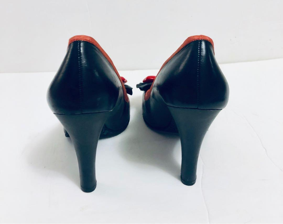 Betsey Johnson Betseyville Pumps Womens Size 9 M Black Heels Red plastic Bow Shoes