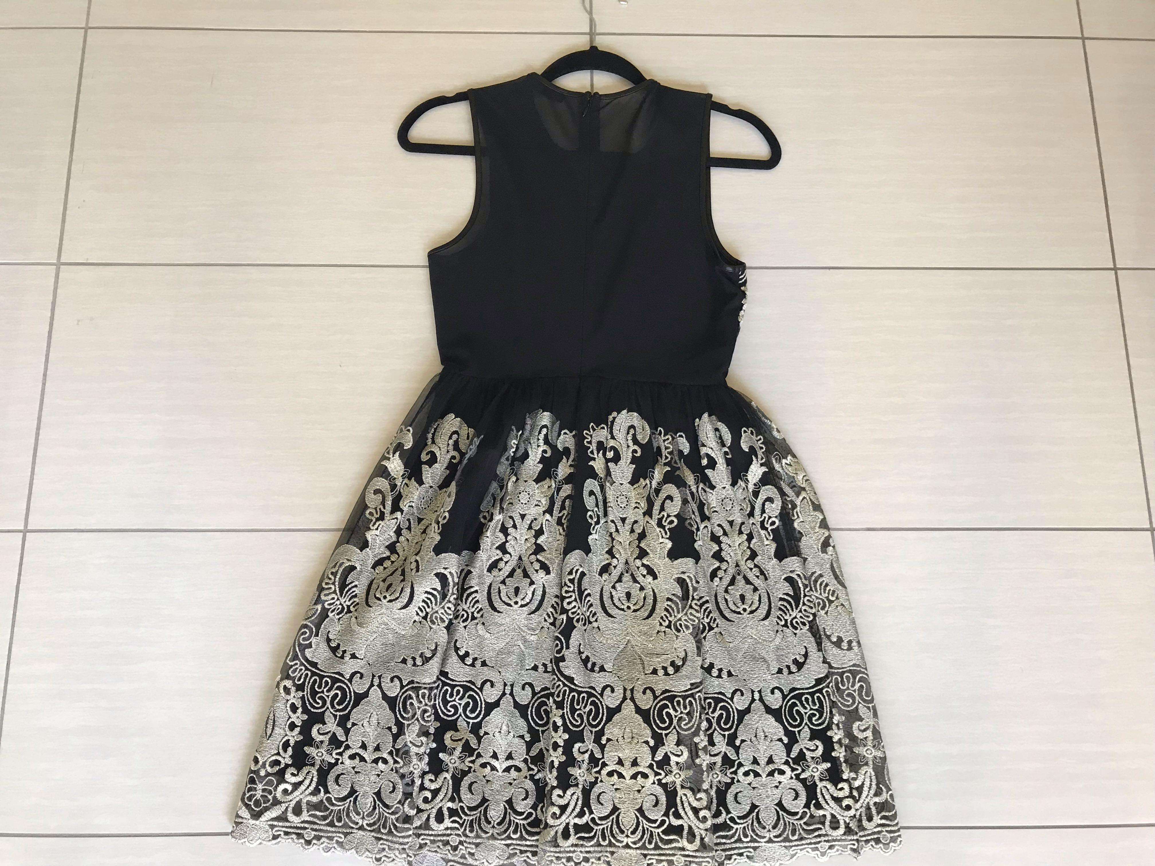 Black mesh and gold lace embroidery dress | size 8 | easy to wear, great condition!
