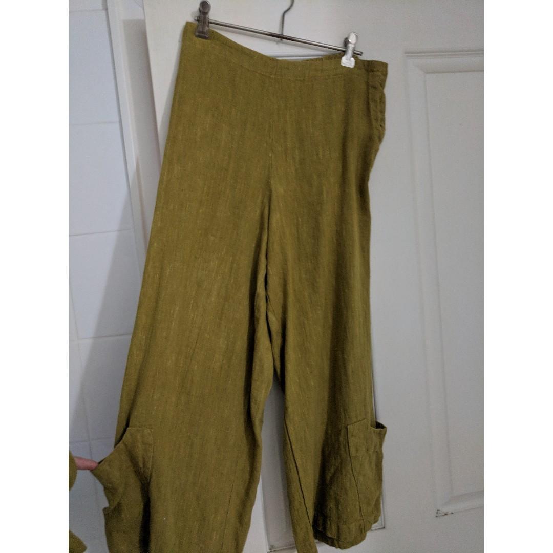 Bryn Walker - 100% Green Linen Pants with pockets - Size S