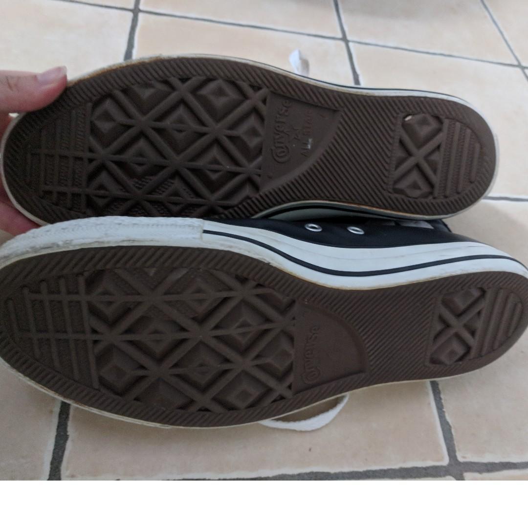 Converse - Leather hi-tops - Size 7 men, 9 women, EU40