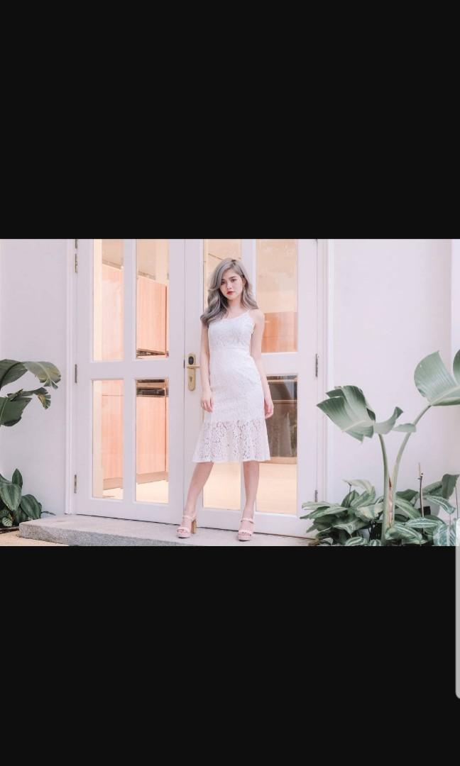 fbecd80c756d3 Lace Fishtail Hem Midi Dress, Women's Fashion, Clothes, Dresses ...