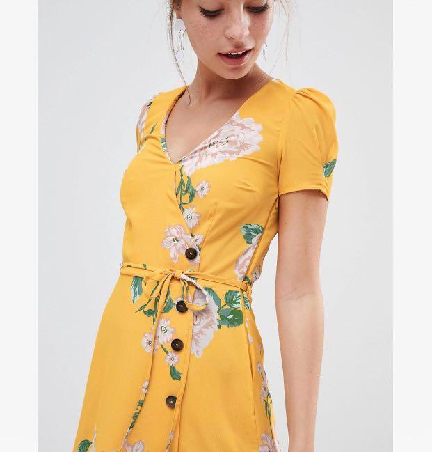 983d858a9cd19 RIVER ISLAND PETITE FLORAL TEA DRESS, Women's Fashion, Clothes ...