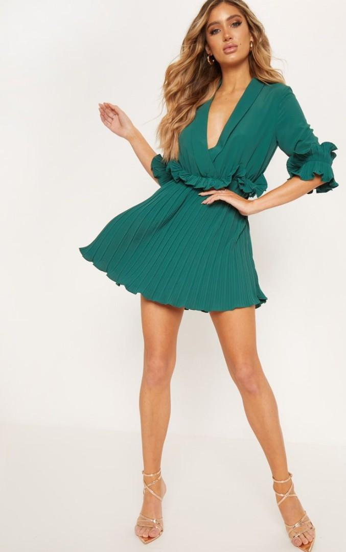SELLING: Brand New Emerald Green Frill Detail Pleated Skater Dress