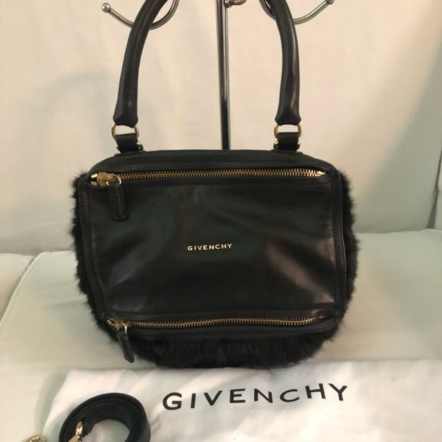 3d5085ed28 Selling very low!!!Authentic Givenchy bag