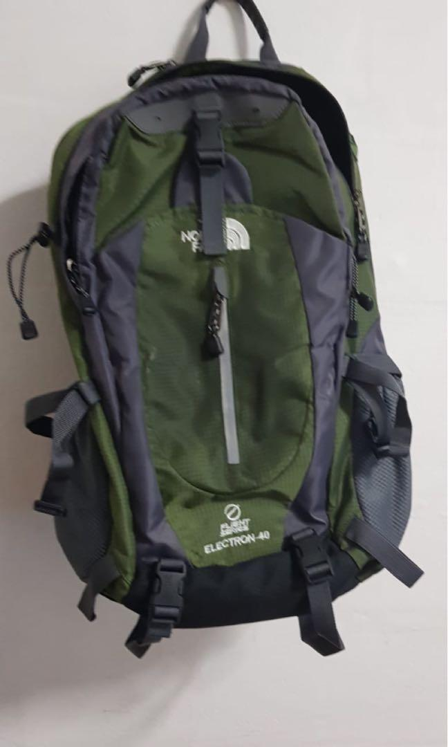 konkretna oferta przystępna cena delikatne kolory The North Face 40 liters, Men's Fashion, Bags & Wallets ...