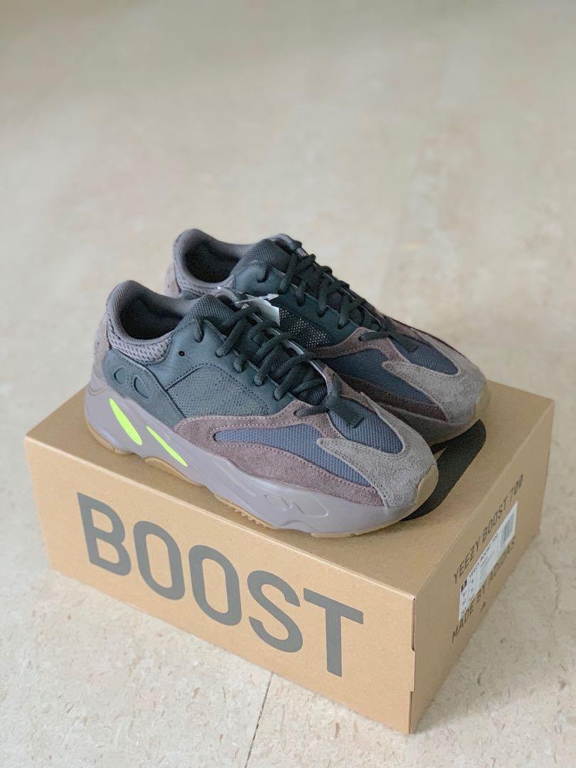 new arrival a01df 381e7 UK8 Adidas Yeezy 700 Wave Runner Mauve, Men's Fashion ...