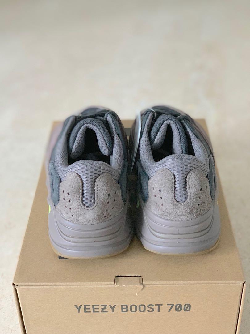 cdcd684c13108 UK8 Adidas Yeezy 700 Wave Runner Mauve