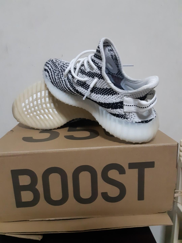 27f1cf177 Yeezy Boost 350 V2 Zebra
