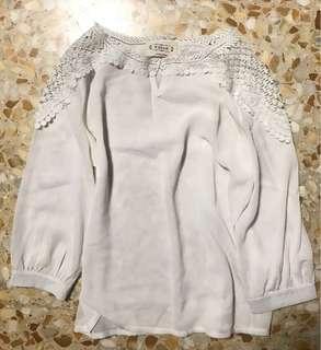 ❗️SALE ❗️ White Lace on Shoulder TOP