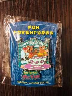 Disneyland Resort Paris pin 法國巴黎迪士尼徽章襟章 Fun Adventure - Cinderella灰姑娘 Mice Jaq and Gus in Tea Cups LE700 Disney pins