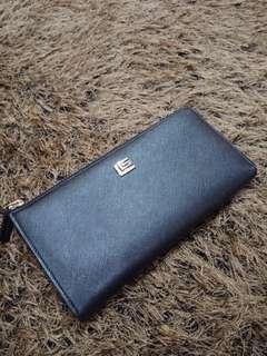 Long wallet Guy Laroche