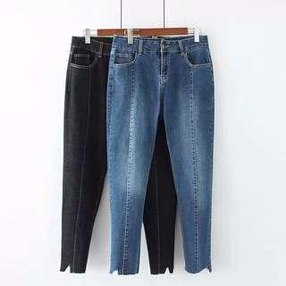 🚚 (XL~4XL) Women's loose Korean version jeans nine pants
