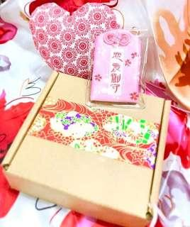 少量現貨/預訂💗2019 元宵情人節禮盒 戀愛祈願護身符+心形香包掛飾 求婚周年紀念 新年賀年情人節元宵節禮物 ROMANIC LOVE VALENTINES ANNIVERSARY WEDDING LUCKY BAG & HEART CHARM BOX GIFT