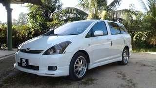Toyota wish !!!