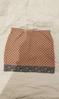 BNWT Zara Patterned tube skirt S