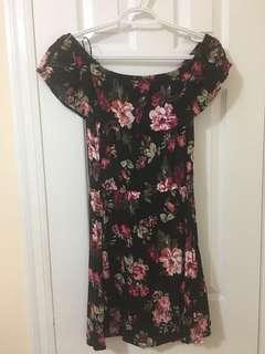 Floral Off the Shoulder Dress Size L