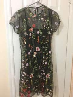 Brand New Embroidered Dress in Size 10 US but fits Size 6, Size M