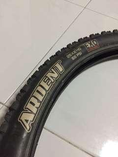Maxxis ardent 26 x 2.4