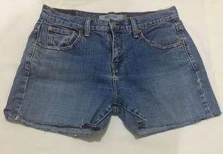 Levi's cut-off shorts