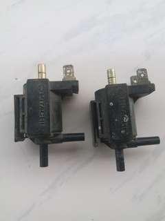 Mazda vacuum valve