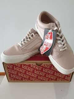 2f6b48faa3 Vans Old Skool dusty pink leather sneakers US6