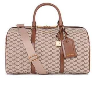 7ce4ce0ff0b9 MK Bag Michael Kors Jet Set Weekender Travel bag Duffle Bag Carryall  Handbag MK Sling Bag