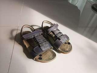 🚚 PL Girls Clarks Sandals UK 7.5 EUR 25
