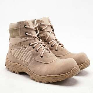 THE PREDATOR SAFETY BOOTS ART7