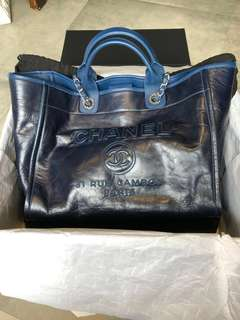 c2caa6e966 chanel tote deauville | Bags & Wallets | Carousell Singapore