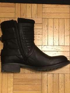 Black Motorbike boots. Size 10. Call It Spring