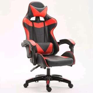 Reclinable  gaming chair