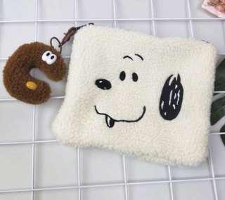 🚚 現貨Snoopy史努比毛絨絨手拿包