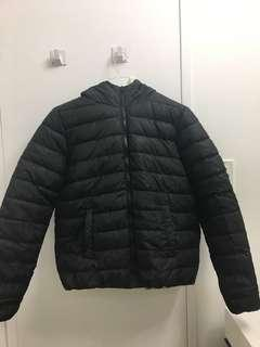 Black puffer jacket S/M