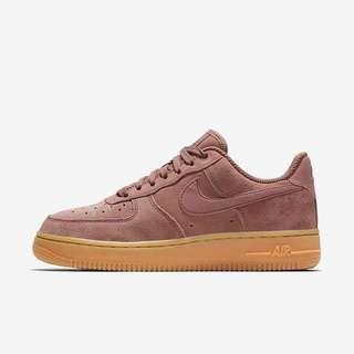 🚚 Nike Air Force 1 '07 SE Suede