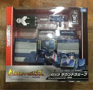 Transformers Legends LG36 Soundwave