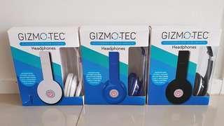 Earphones with microphone