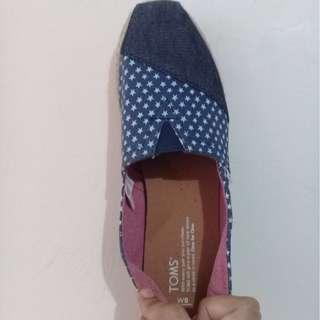 REPRICED✂️✂️Brand new Toms