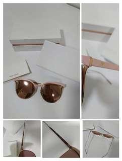Authentic Brand New vedi vero sunglasses
