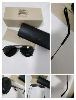 e8de585aad39 Authentic Brand New Burberry sunglasses
