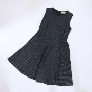 🚚 L'zzie Classic Black Dress