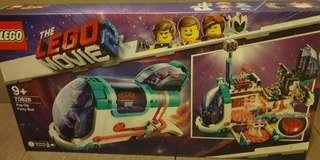 70828 Lego movie 2 Pop-Up party Bus