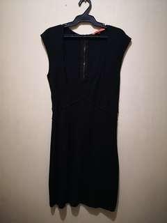 Bershka Little Black Dress (Shift Dress=