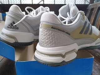 Tennis Shoes Sepatu Tenis Adidas Barricade Club size 42