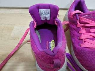 Skecher Girl Shoes size 13 USA