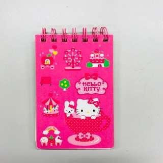 🚚 近全新 正版三麗鷗Hello Kitty 線圈小筆記本 便條本 日貨