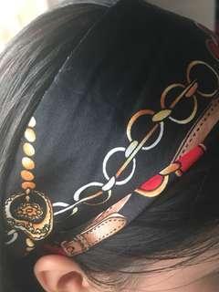 Vintage** headscarf
