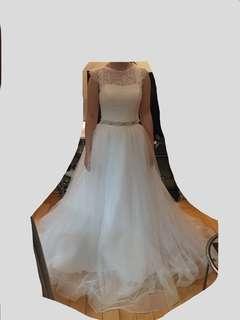 White Lace Veil Two Piece Wedding Dress Gown 新娘白色兩件套喱士上衣半身下身大紗裙婚紗