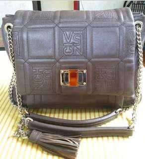 Orig Vincis Bench Sling Chain Bag