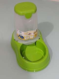 Break proof made in italy Auto dispenser food kibbles dispenser bowl bottle for pets cats, dog or rabbits 1.5liters last piece!!!